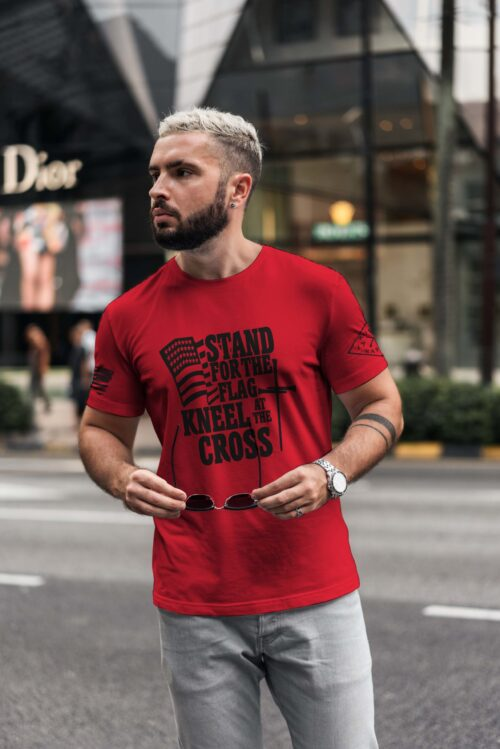 t-shirt with stand for the flag on red men's