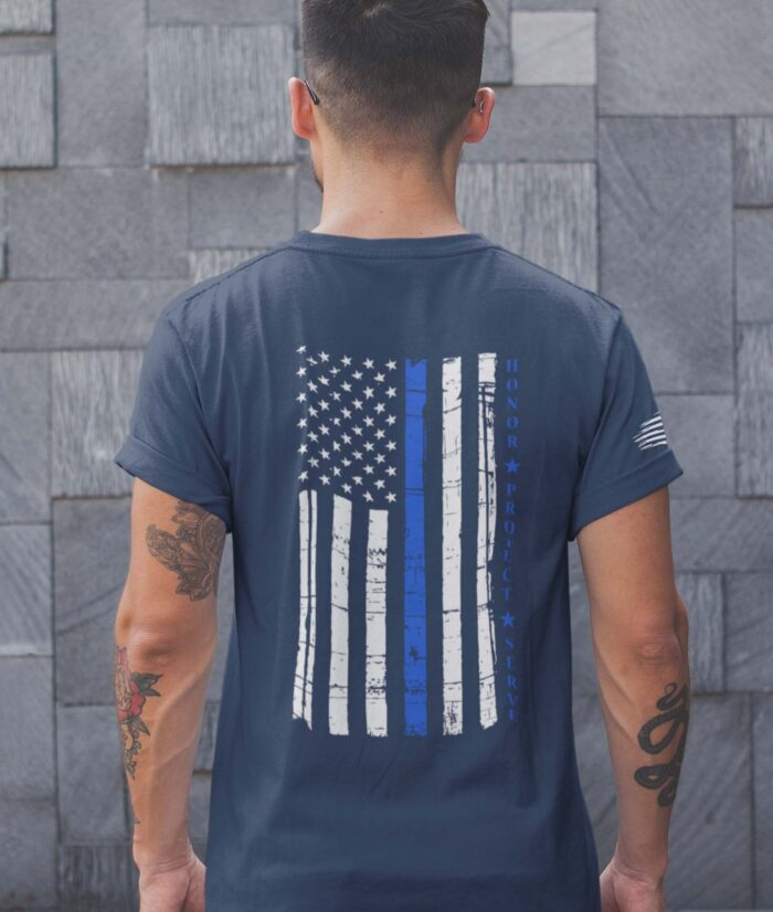 t-shirt with thin blue line hps back on navy mens