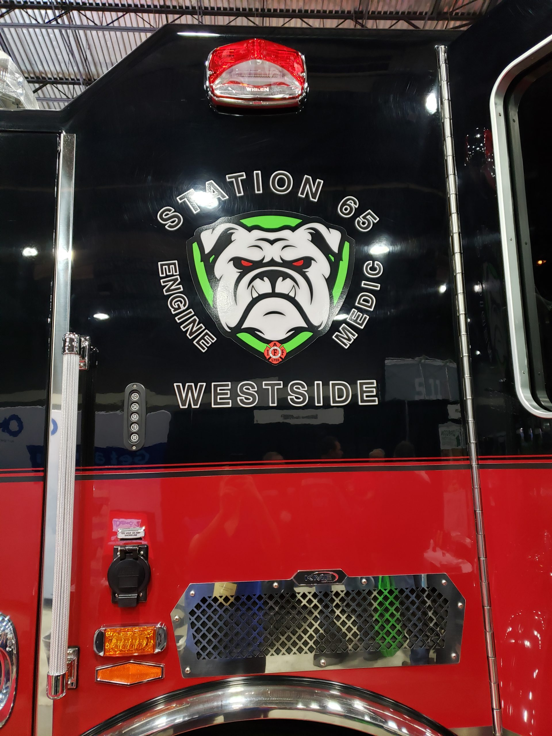 Station 65 Bulldog Medic Engine Westside